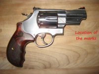 44 Magnum S&W Model 629-9 Deluxe Talo Edition  location of piting.jpg
