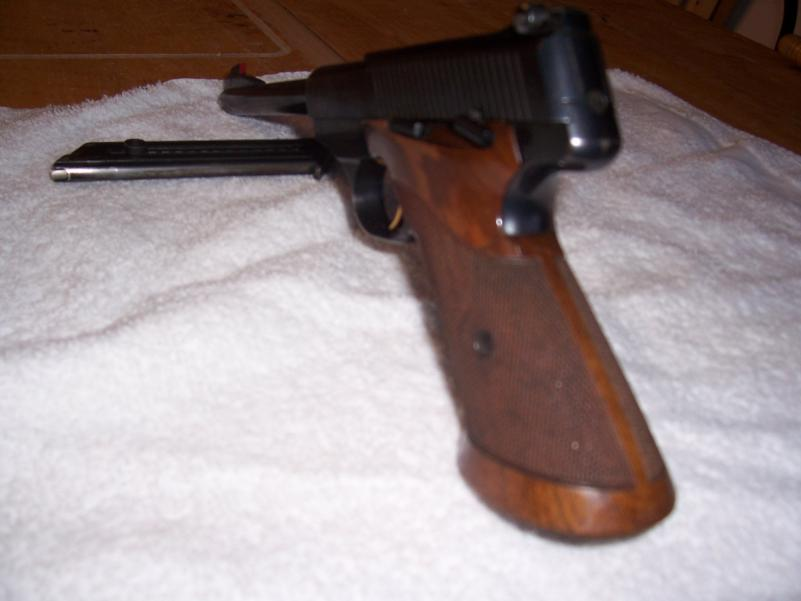 Help to identify Browning pistol | The Firearms Forum - The