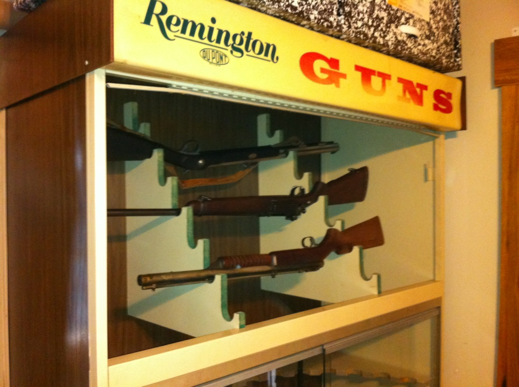 Remington Retail Display Case The Firearms Forum The